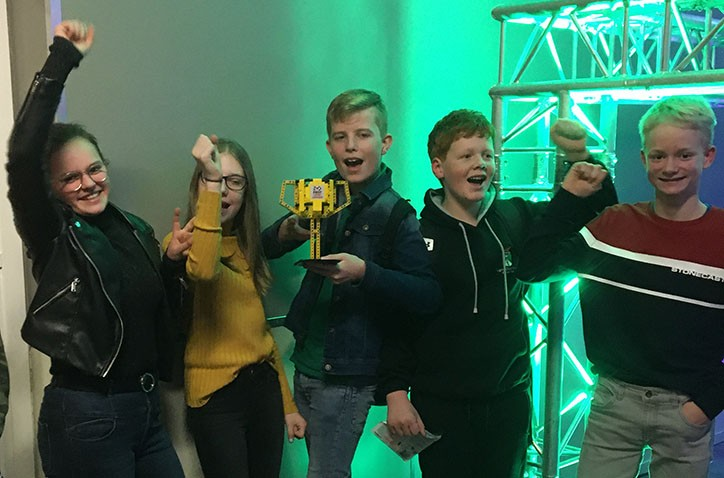 Hondsrug College scoort tijdens First Lego league