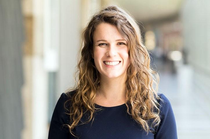 Oud- leerling en Tweede-kamerlid Anne Kuik wil in gesprek met Hondsruggers